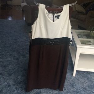 Dresses & Skirts - NWT dress size 16 Ladies